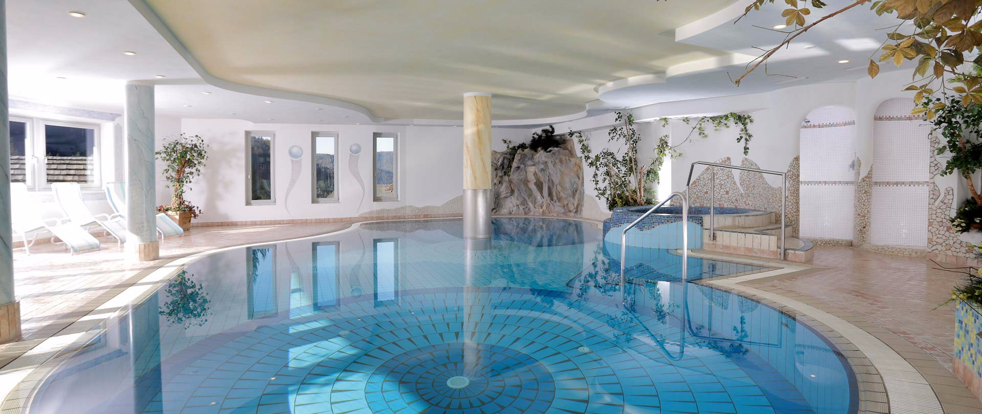 Unser Indoor Pool
